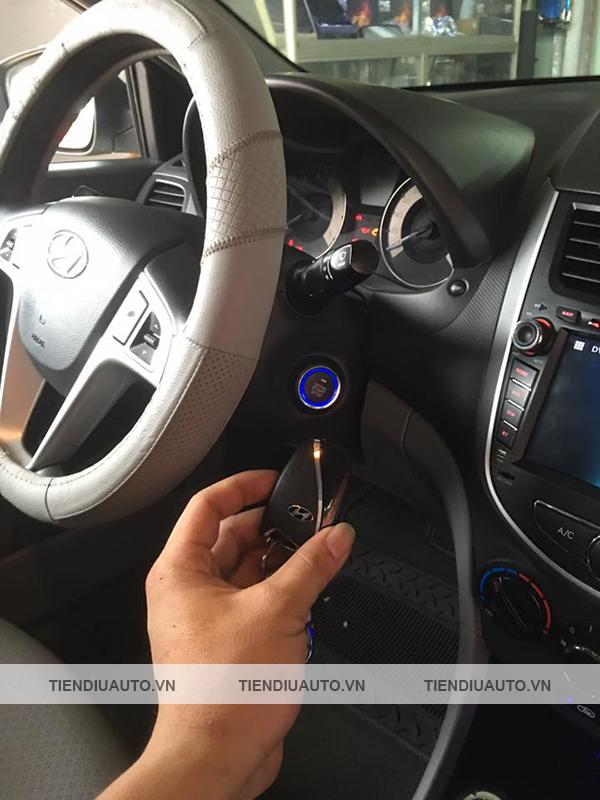 chìa khóa thông minh xe Huyndai Accent