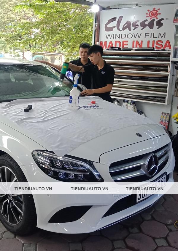 Dán phim cách nhiệt Classis xe Mercedes chính hãng của Mỹ