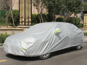 Có nên sử dụng bạt phủ xe ô tô hay không?